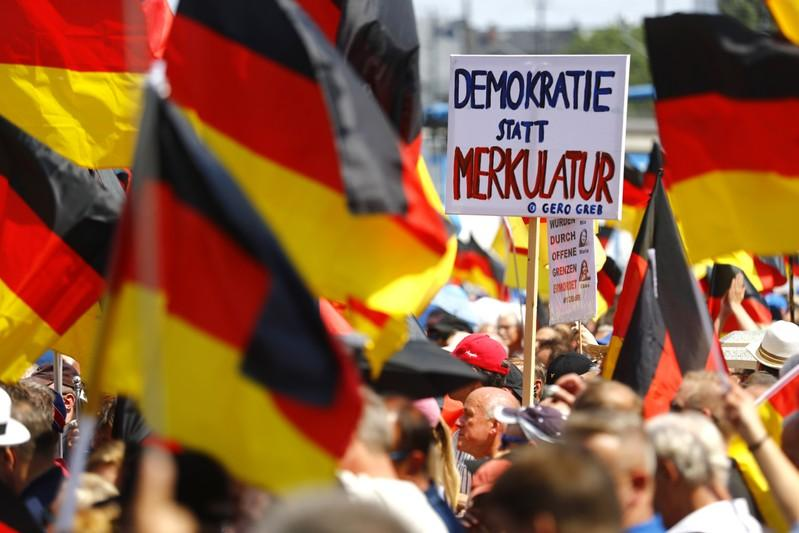 Supporters of the anti-immigration Alternative for Germany (AfD) party protest in Berlin. May 27, 2018. Hannibal Hanschke