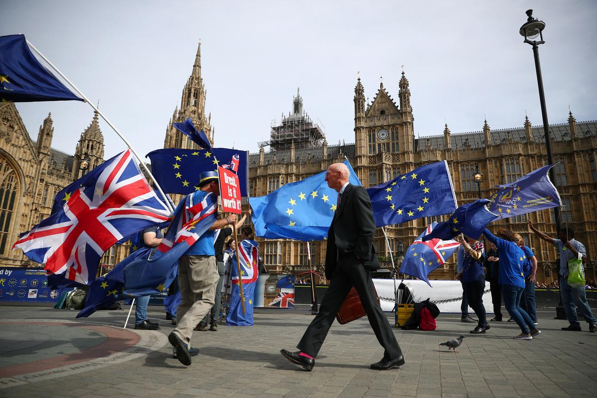 UK may end up having second Brexit vote if PM May's exit plan rejected: Sky