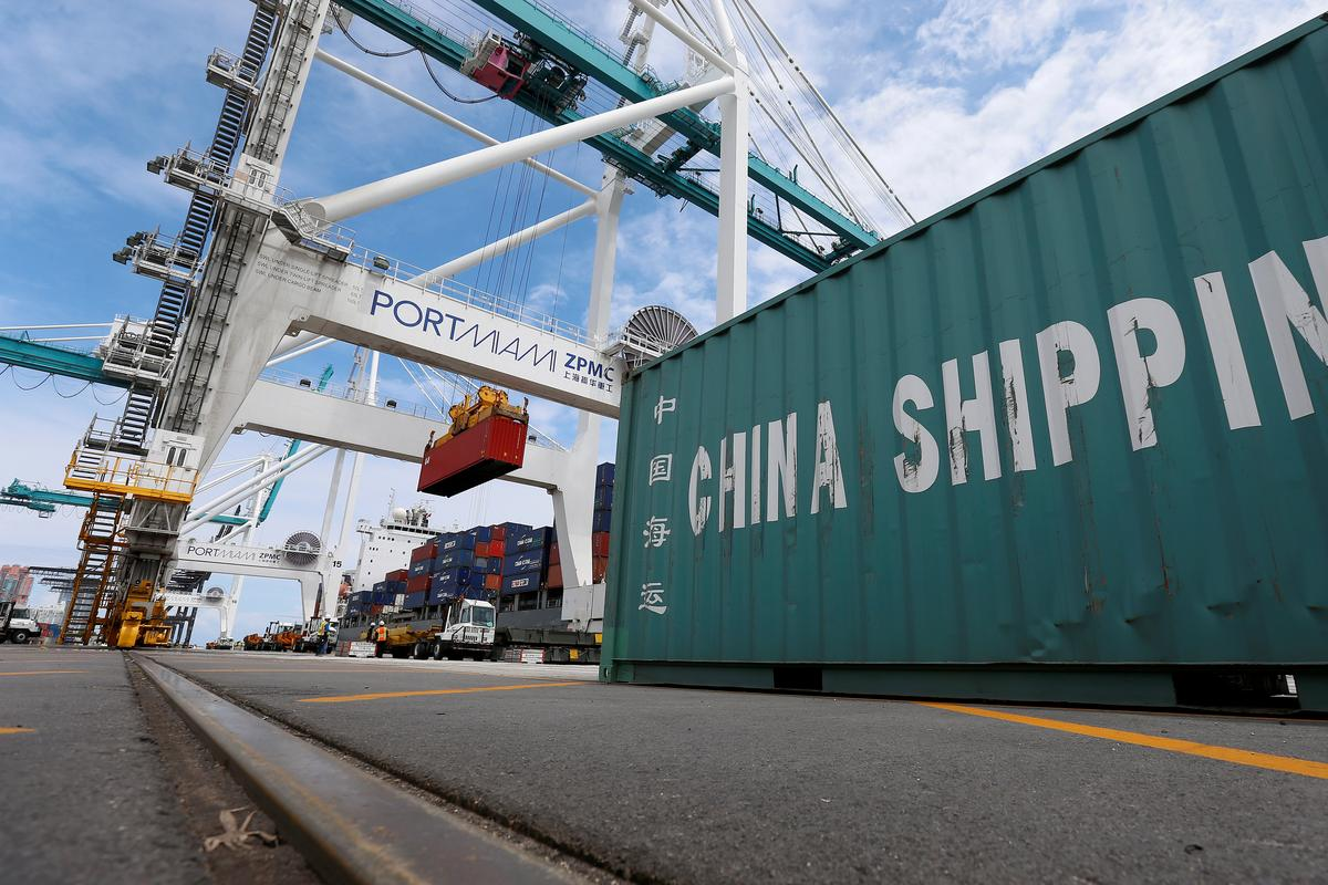 U.S. trade deficit hits 10-year high; private hiring slows