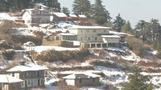 Snow blankets India's northern hill town