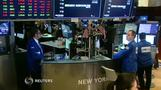 Wall St falls on renwed trade war fears