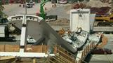 米フロリダ州で完成直後の歩道橋落下、米国初の工法採用か(字幕・15日)