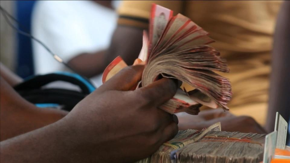 Liberia loses $104 million in central bank cash, bans 15 from foreign travel