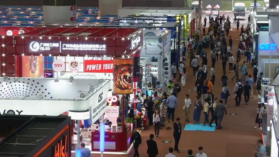 U.S. tariffs loom at China's biggest trade fair