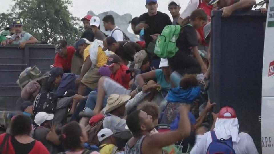 Trump: 'Middle Eastern' people in migrant caravan