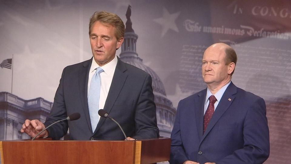 Senators push bill to protect Mueller probe