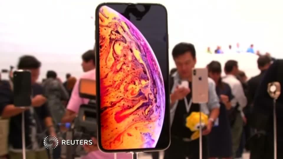 Apple slices production plan for iPhones
