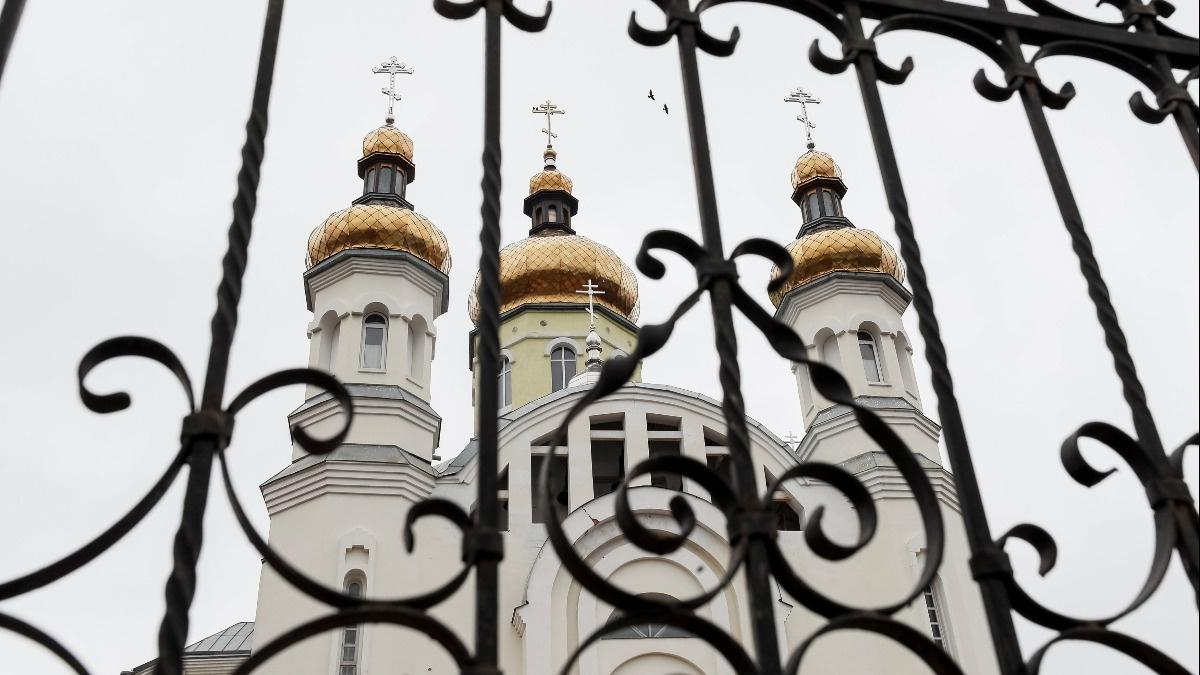 Ukrainian church prepares to cut Russian ties