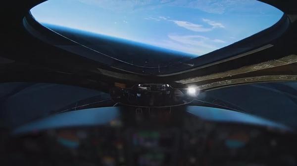 来年にも「宇宙旅行」開始へ、米ヴァージンが試験飛行に成功(字幕・13日)