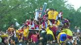 Half a million Filipinos flock to touch 'Black Nazarene' Jesus statue