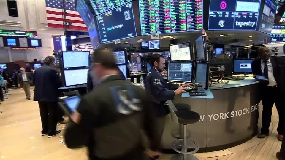 Wall Street rises with help from Netflix