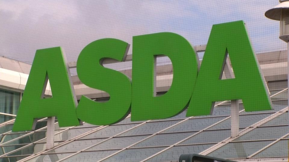 Sainsbury's-Asda deal in doubt as UK regulator raises big objections
