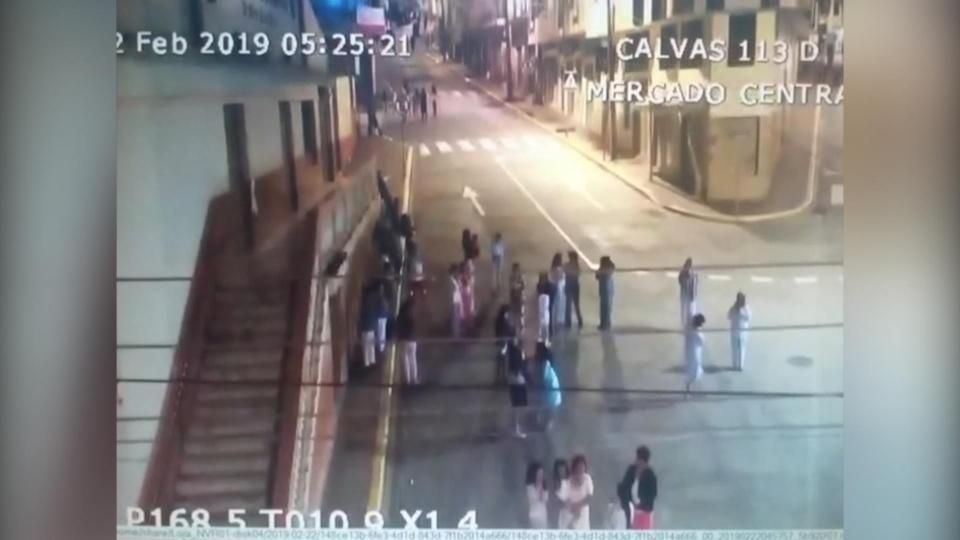 Earthquake strikes southern Ecuador