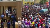 الناخبون في نيجيريا يدلون بأصواتهم في الانتخابات الرئاسية المؤجلة