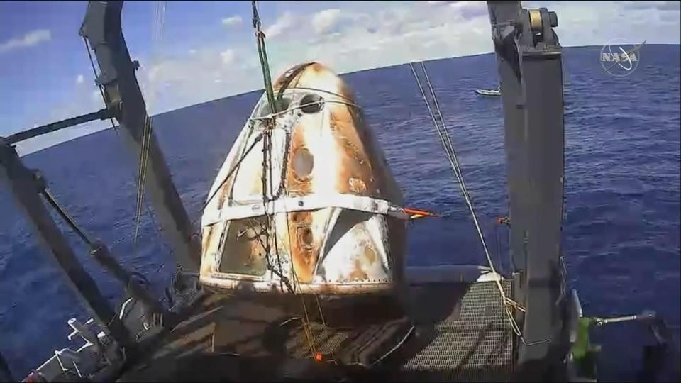 SpaceX Dragon capsule loaded on boat | Reuters com