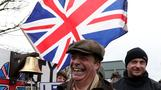 Arch-Brexiteer Farage leads 'betrayal' march