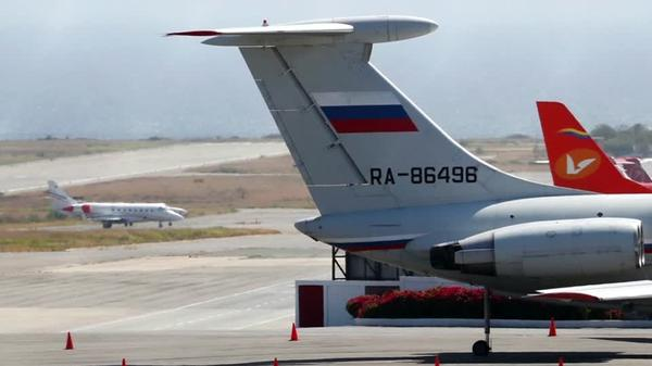 ロシアがベネズエラに軍用機派遣か、米国が反発(字幕・25日)
