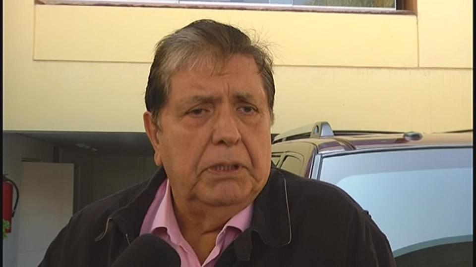 Peru's ex-president Garcia shoots himself