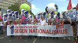 Zehntausende demonstrieren gegen Nationalismus