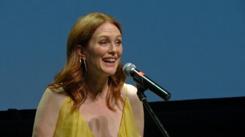 Julianne Moore and husband's new drama opens Czech film festival