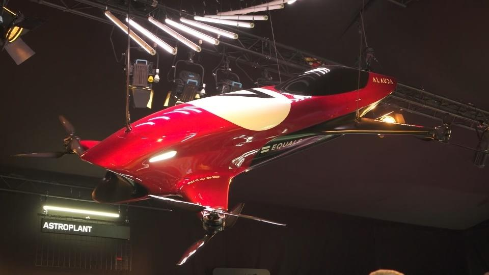 Flying 'race car' combines Formula One and drone racing