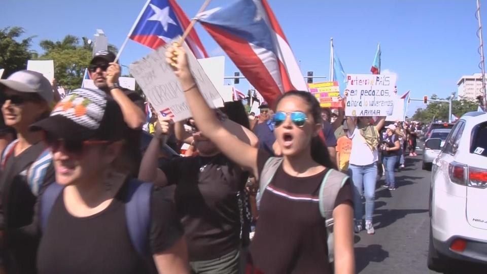 Thousands in San Juan demand governor's resignation