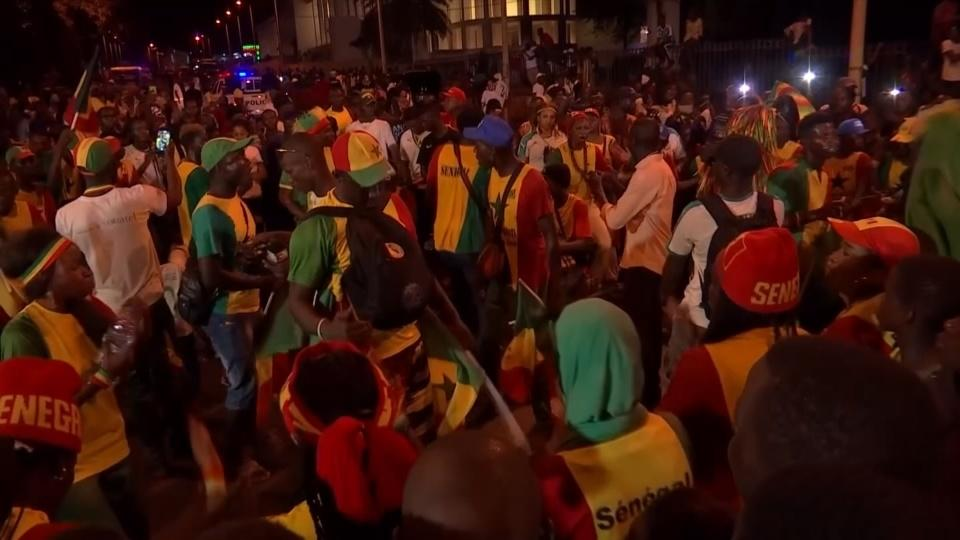 Senegal's soccer stars get a presidential welcome home