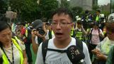 Tausende protestieren in Hongkong im strömenden Regen