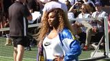 Serena Williams and Simona Halep warm up for U.S. Open i