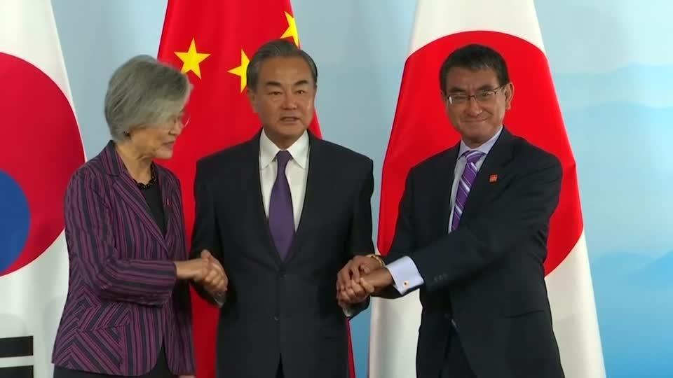 Beijing, Tokyo and Seoul vow to strengthen ties