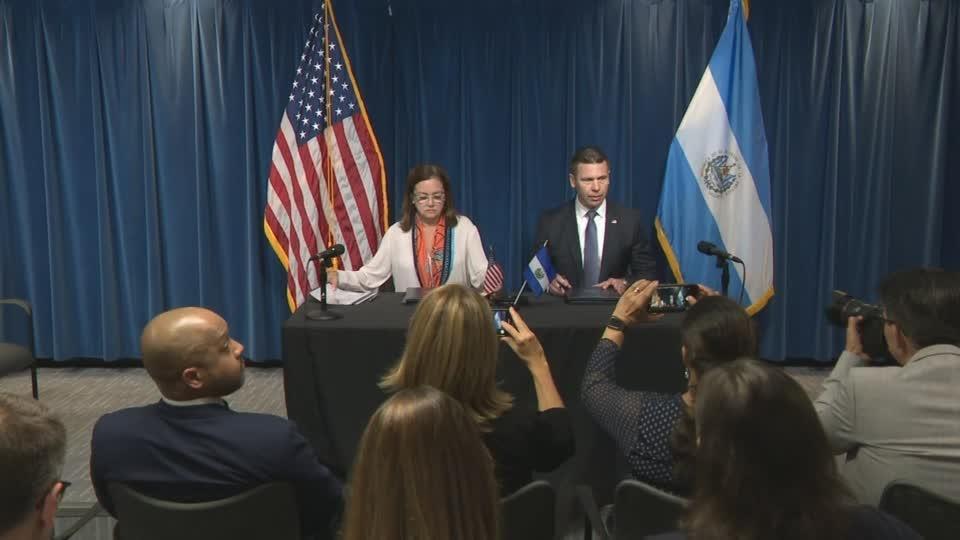 U.S. and El Salvador sign joint immigration deal