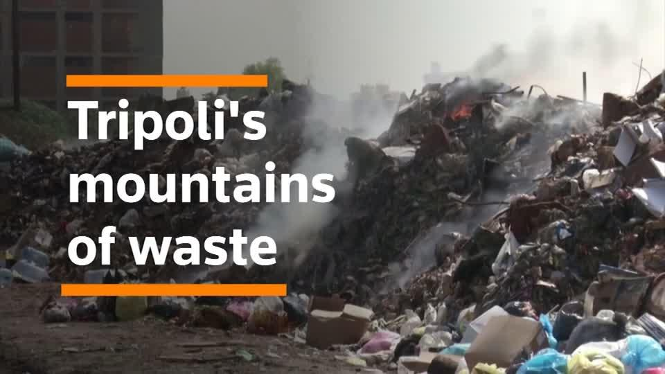 War means mountains of garbage in Tripoli's streets