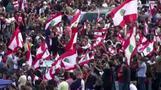 الحريري يتفق على إصلاحات وسط احتجاجات تعم لبنان بسبب أزمة اقتصادية