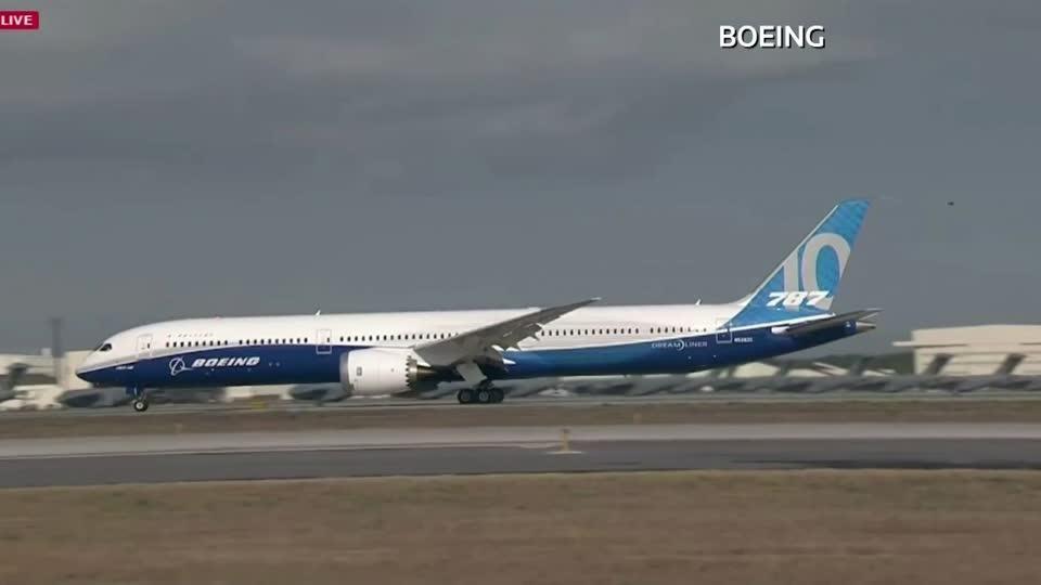Boeing profit plunges