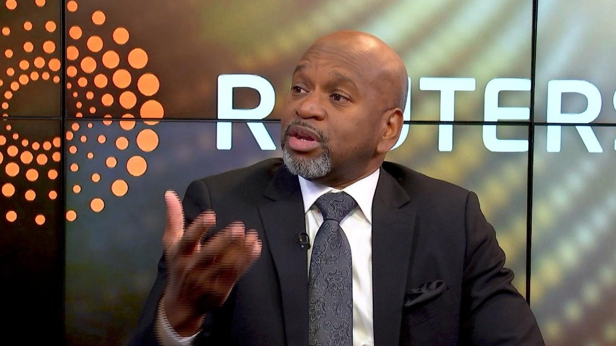 S&P top heavy, reallocate to international stocks, says strategist