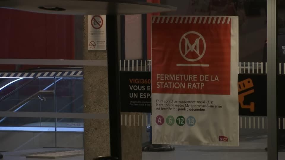 Massive transport strike takes toll on Parisians' morning commutes