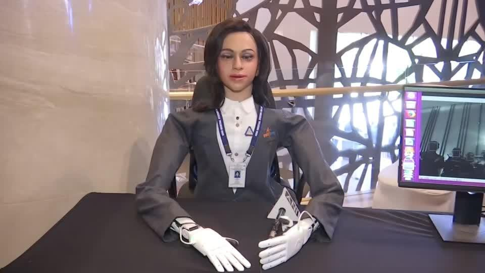 Indian space agency unveils robot rocketeer