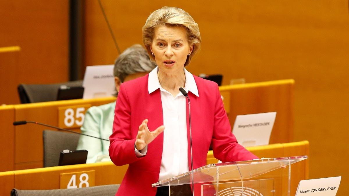 EU unveils 750 bln euro rescue plan