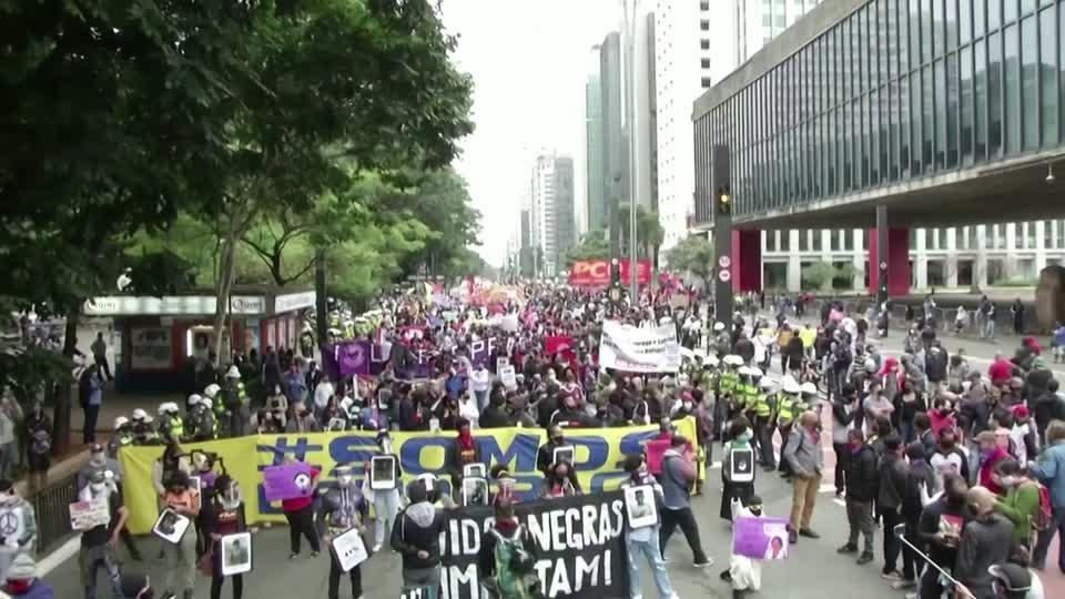Brazil protests show political split amid virus