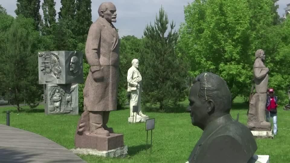 Russia has its own statue debate: The Soviets