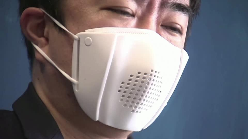 Japan creates speech-translating 'smart mask'