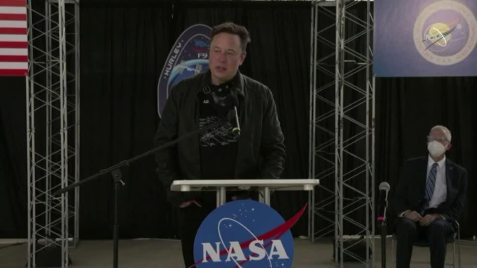 Musk 'prayed for this' SpaceX splashdown