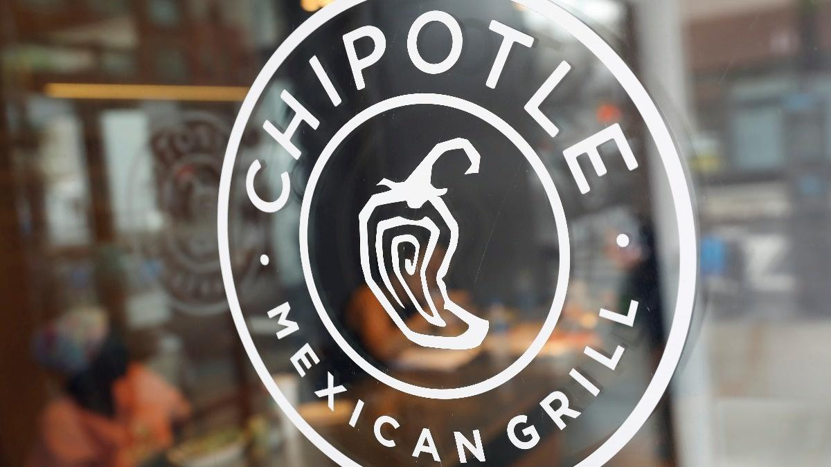 Chipotle, fast food brands set for hiring blitz
