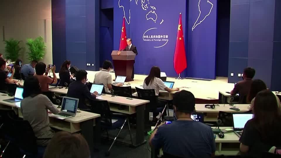 U.S. health chief visits Taiwan, defying China
