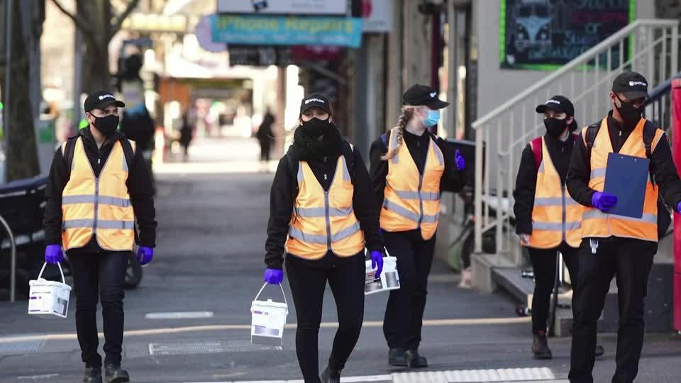 Australia heads for lowest virus count in three months