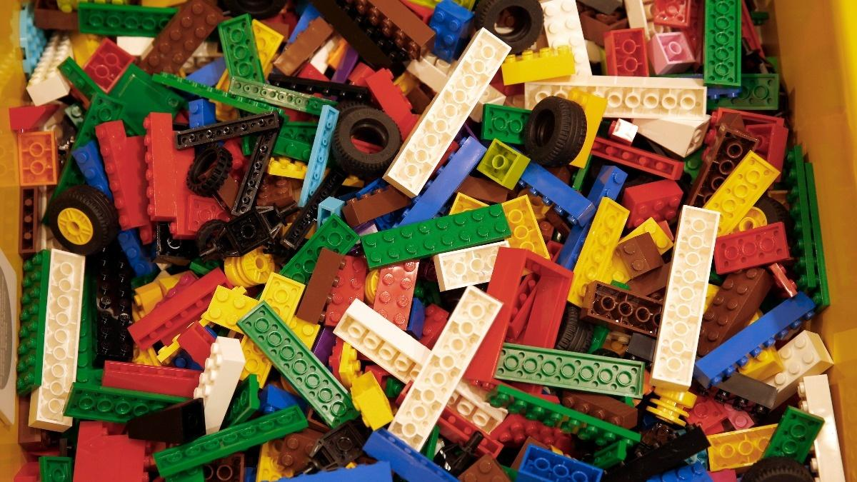 Sustainable Business: Lego's anti-plastic plight