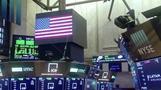 Stocks rise as tech regains favor