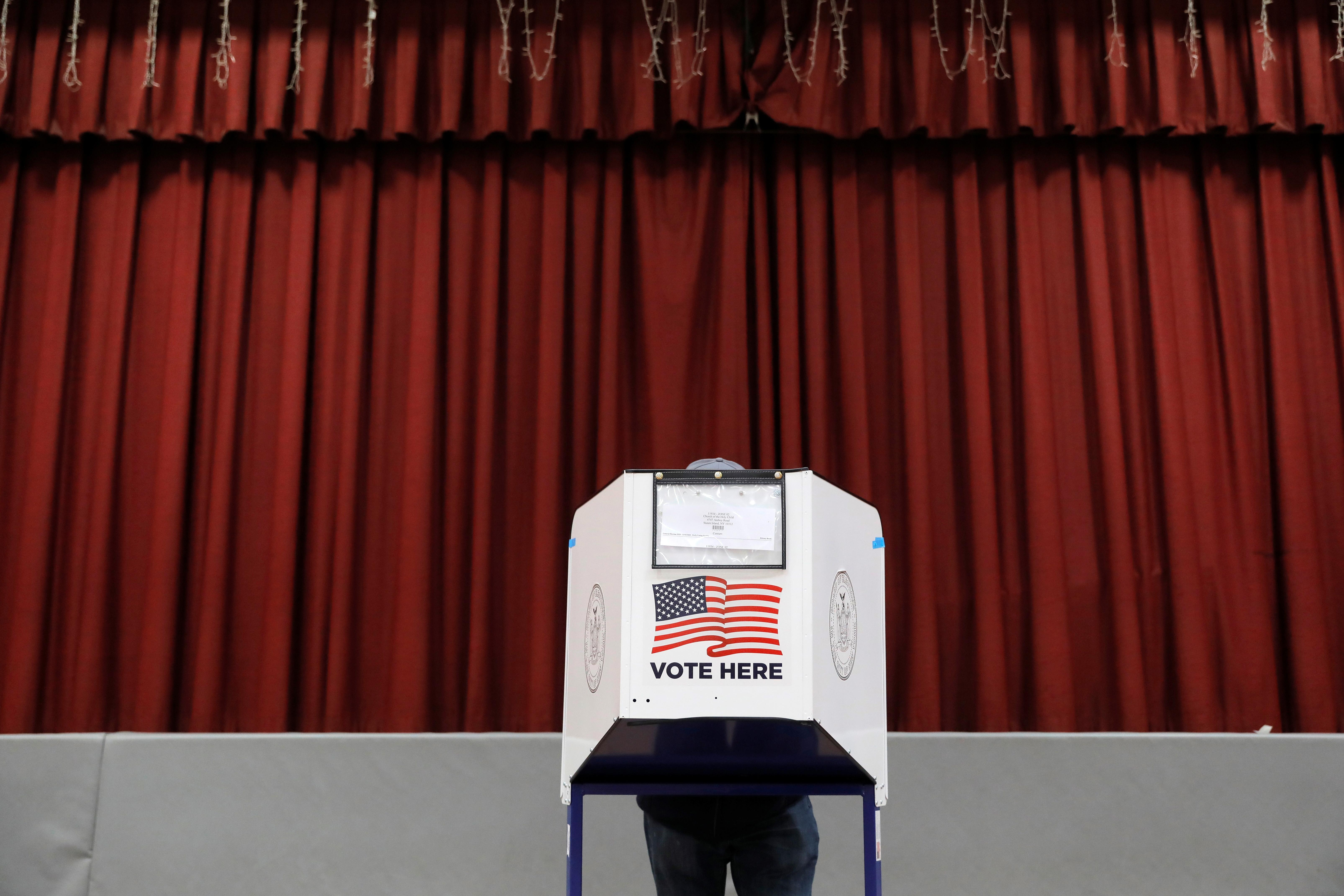 U.S. felons still face barriers after regaining vote