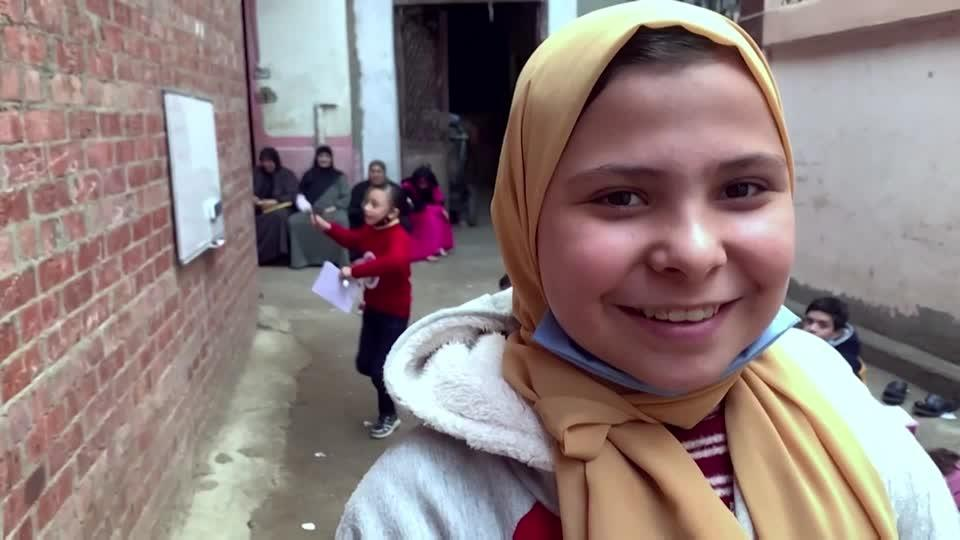 12-year-old Egyptian student becomes the teacher