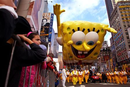 The Spongebob Squarepants Balloon Makes Its Way Down Broadway For First Appearance In Macys Thanksgiving Day Parade New York November 25